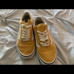 USED YELLOW VANS